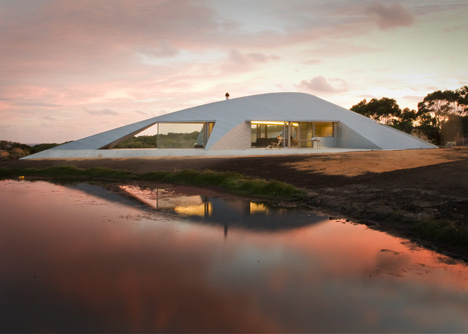 dezeen_Crofthouse-by-James-Stockwell_1